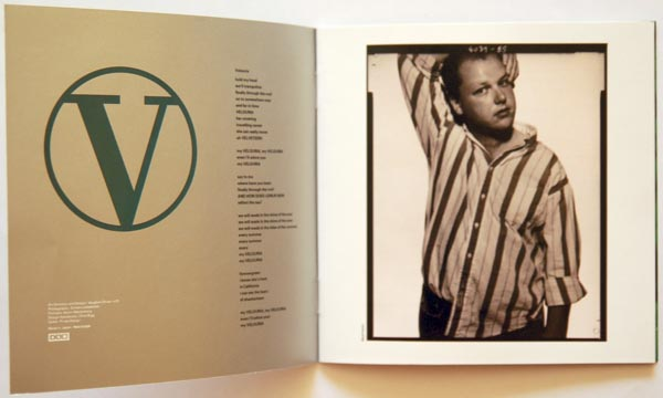 Booklet Pages 2 & 3, Pixies - Bossanova