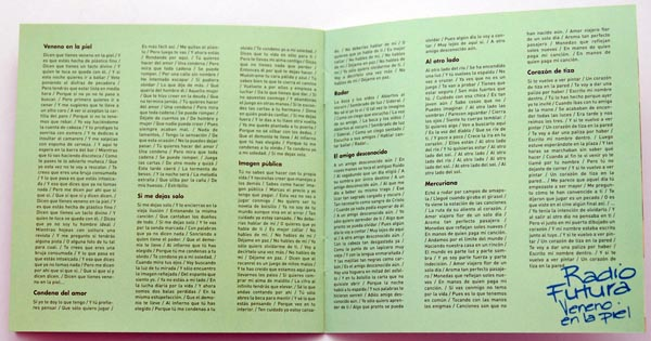 Booklet pages 16-17, Radio Futura - Caja de Canciones