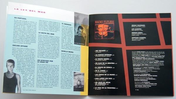 Booklet pages 4-5, Radio Futura - Caja de Canciones