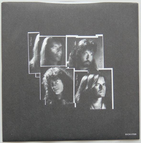 Inner sleeve side A, Rainbow - Ritchie Blackmore's Rainbow - Stranger In Us All