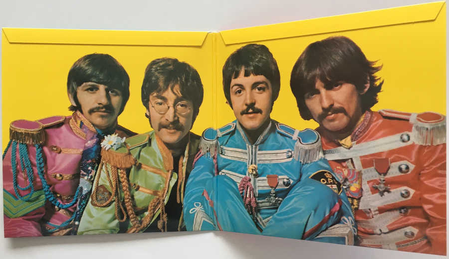 Gatefold, Beatles (The) - Sgt. Pepper's Lonely Hearts Club Band [Encore Pressing]