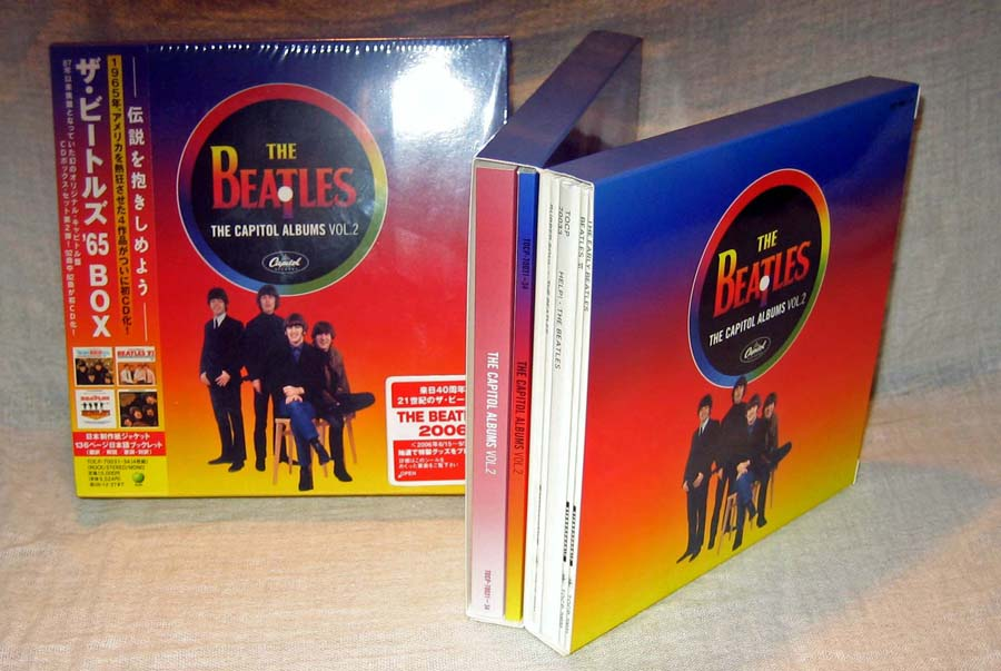 Booklets in the left, CDs in the right, Beatles (The) - The Capitol Albums Vol.2