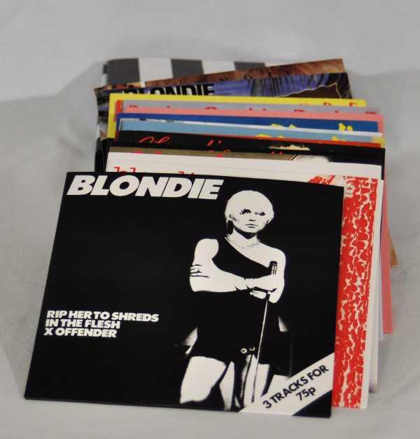 Contents, Blondie - Singles Box