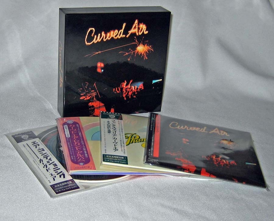 Contents (at time of purchase), Curved Air - Live Box
