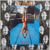 Def Leppard - High 'n' Dry, Front Cover