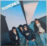 Ramones - Leave Home +16, Front Cover