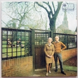 Fairport Convention - Unhalfbricking +2, Front cover