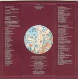 10cc - Deceptive Bends (+3), Inner Disc Sleeve with lyrics - side 1